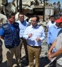 Autoridades visitan centro de eventos destruido por incendios forestales